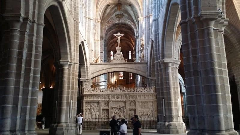 Altar of Avila's Cathedral