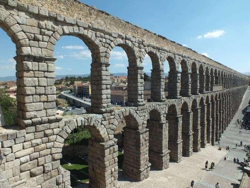 Visitar el Acuedicto de Segovia desde madrid