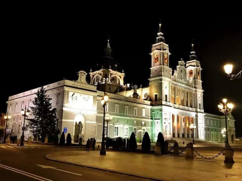 Almudena Cathedral illumination