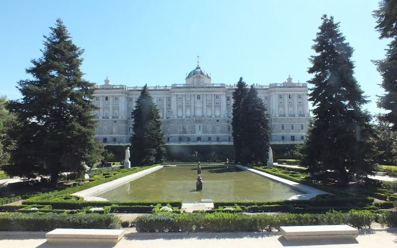 Sabatini Gardens and Royal Palace