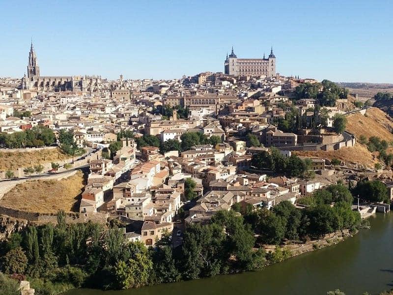 Especial excursión a Toledo medio día (mañanas)