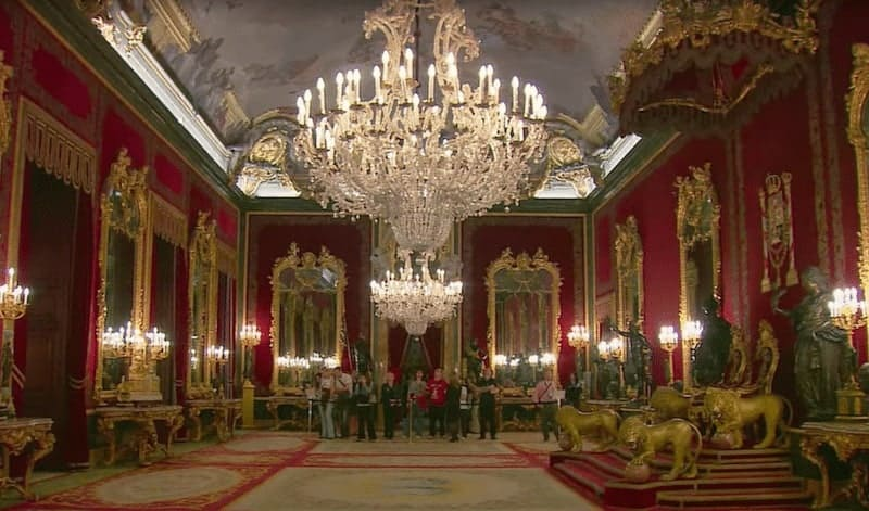 Salón del trono - Throne room